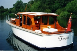 Private motor yacht Fringilla supplied by Henley Regatta Hospitality for the Henley Royal Regatta